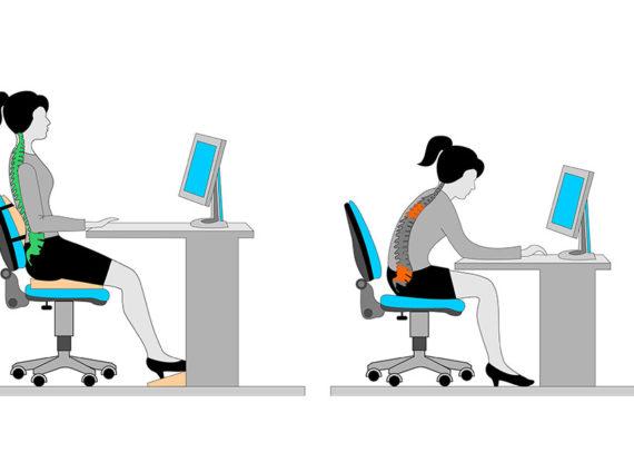 Rückenschmerzen vom Sitzen? – Warum eine entspannende Sache uns auf Dauer kaputt macht
